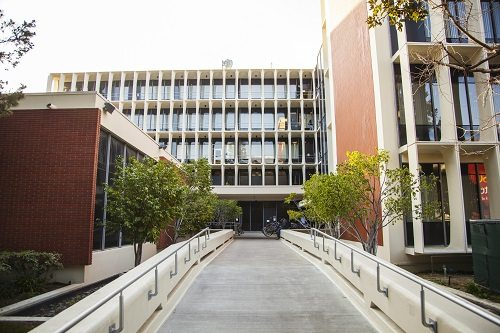 7. USC Viterbi School of Engineering, University of Southern California - Los Angeles, California