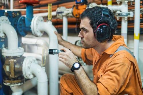 marine engineer naval