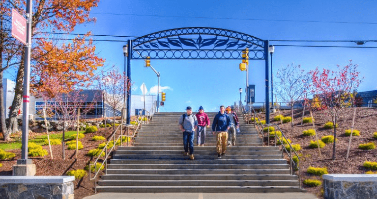 SOUTHERN NEW HAMPSHIRE UNIVERSITY - Online Schools Center
