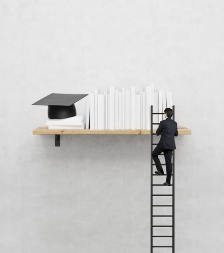 pursuing online masters degree programs