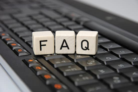 FAQ Frequently askes questions with keyboard illustration